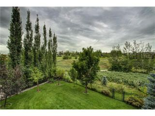 Photo 2: 118 PANATELLA CI NW in Calgary: Panorama Hills House for sale : MLS®# C4078386