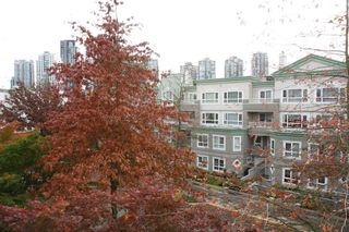 """Photo 10: 326 2995 PRINCESS Crescent in Coquitlam: Canyon Springs Condo for sale in """"PRINCESS GATE"""" : MLS®# R2010862"""