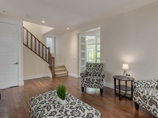 Photo 8: 3808 SARCEE Road SW in Calgary: Currie Barracks Detached for sale : MLS®# A1028243