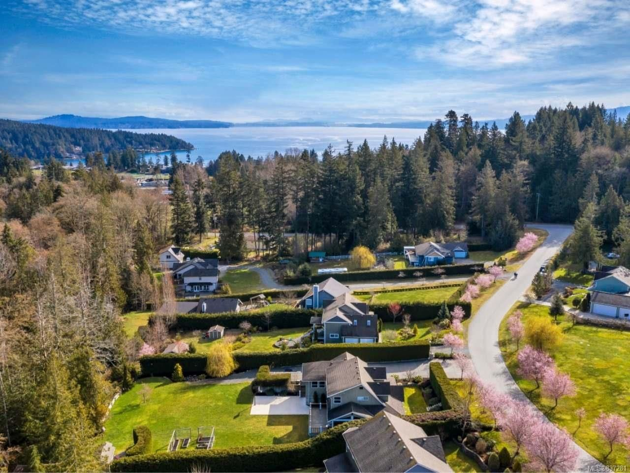 Photo 8: Photos: 925 Lilmac Rd in MILL BAY: ML Mill Bay House for sale (Malahat & Area)  : MLS®# 837281