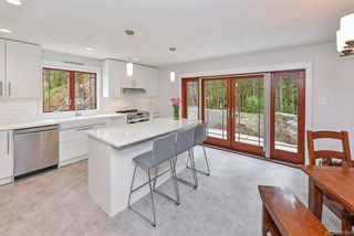 Photo 3: 3144 Munn Rd in Highlands: Hi Eastern Highlands House for sale : MLS®# 839060