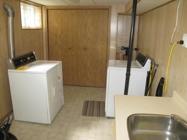 Photo 19: Photos:  in WINNIPEG: East Kildonan Residential for sale (North East Winnipeg)  : MLS®# 1314898