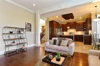 """Photo 12: 3525 ROSEMARY HEIGHTS Drive in Surrey: Morgan Creek House for sale in """"Rosemary Crest"""" (South Surrey White Rock)  : MLS®# R2261308"""