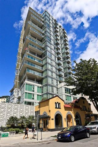 "Photo 2: 1703 1221 BIDWELL Street in Vancouver: West End VW Condo for sale in ""THE ALEXANDRA"" (Vancouver West)  : MLS®# R2188905"
