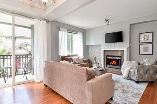 """Photo 3: 16 14453 72 Avenue in Surrey: East Newton Townhouse for sale in """"SEQUOIA GREEN"""" : MLS®# R2474534"""