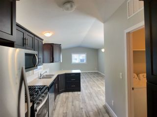 """Photo 3: 22 24330 FRASER Highway in Langley: Otter District Manufactured Home for sale in """"Langley Grove Estates"""" : MLS®# R2390196"""