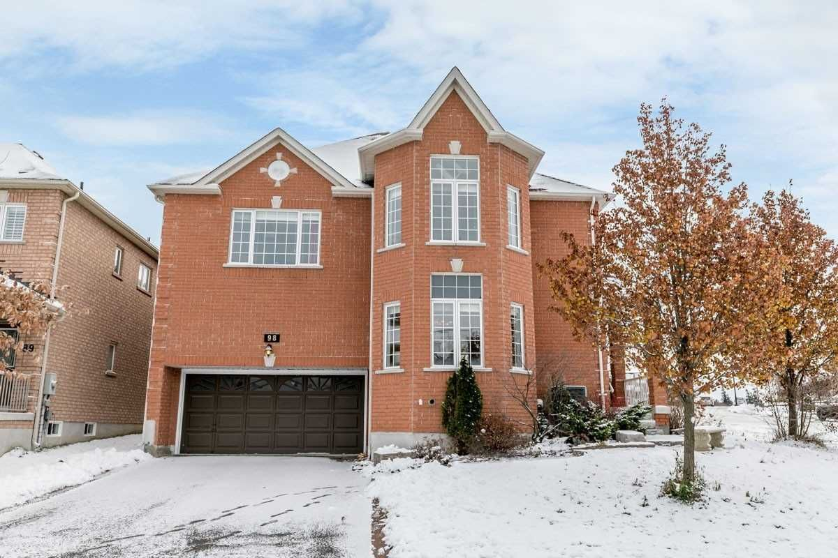 Main Photo: 98 William Booth Avenue in Newmarket: Woodland Hill House (2-Storey) for sale : MLS®# N4308484