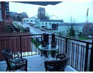 """Photo 10: 206 833 AGNES Street in New_Westminster: Downtown NW Condo for sale in """"NEWS"""" (New Westminster)  : MLS®# V701575"""