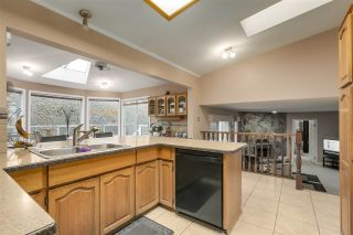 Photo 13: 817 SIGNAL Court in Coquitlam: Ranch Park House for sale : MLS®# R2554664
