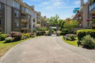 "Photo 27: 304 15350 19A Avenue in Surrey: King George Corridor Condo for sale in ""Stratford Gardens"" (South Surrey White Rock)  : MLS®# R2603239"