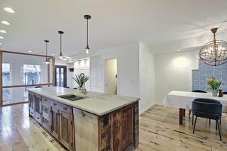 Photo 7: 931 4A Street NW in Calgary: Sunnyside Detached for sale : MLS®# A1120512