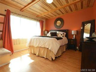 Photo 9: 1416 Tovido Lane in VICTORIA: Vi Mayfair House for sale (Victoria)  : MLS®# 725047