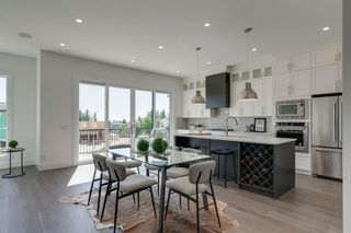 Photo 11: 158 69 Street SW in Calgary: Strathcona Park Detached for sale : MLS®# A1122439