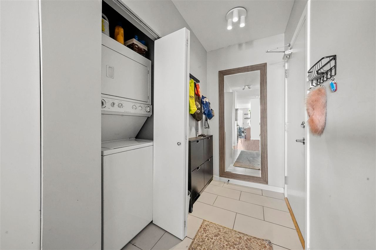 """Photo 21: Photos: PH7 39 SIXTH Street in New Westminster: Downtown NW Condo for sale in """"QUANTUM"""" : MLS®# R2575142"""