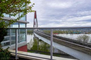 """Photo 11: 505 125 COLUMBIA Street in New Westminster: Downtown NW Condo for sale in """"NORTHBANK"""" : MLS®# R2158737"""