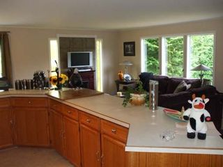 Photo 3: 4609 GAIL CRES in COURTENAY: Residential Detached for sale : MLS®# 261671