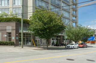 """Photo 22: 413 2055 YUKON Street in Vancouver: False Creek Condo for sale in """"THE MONTREUX"""" (Vancouver West)  : MLS®# R2371441"""