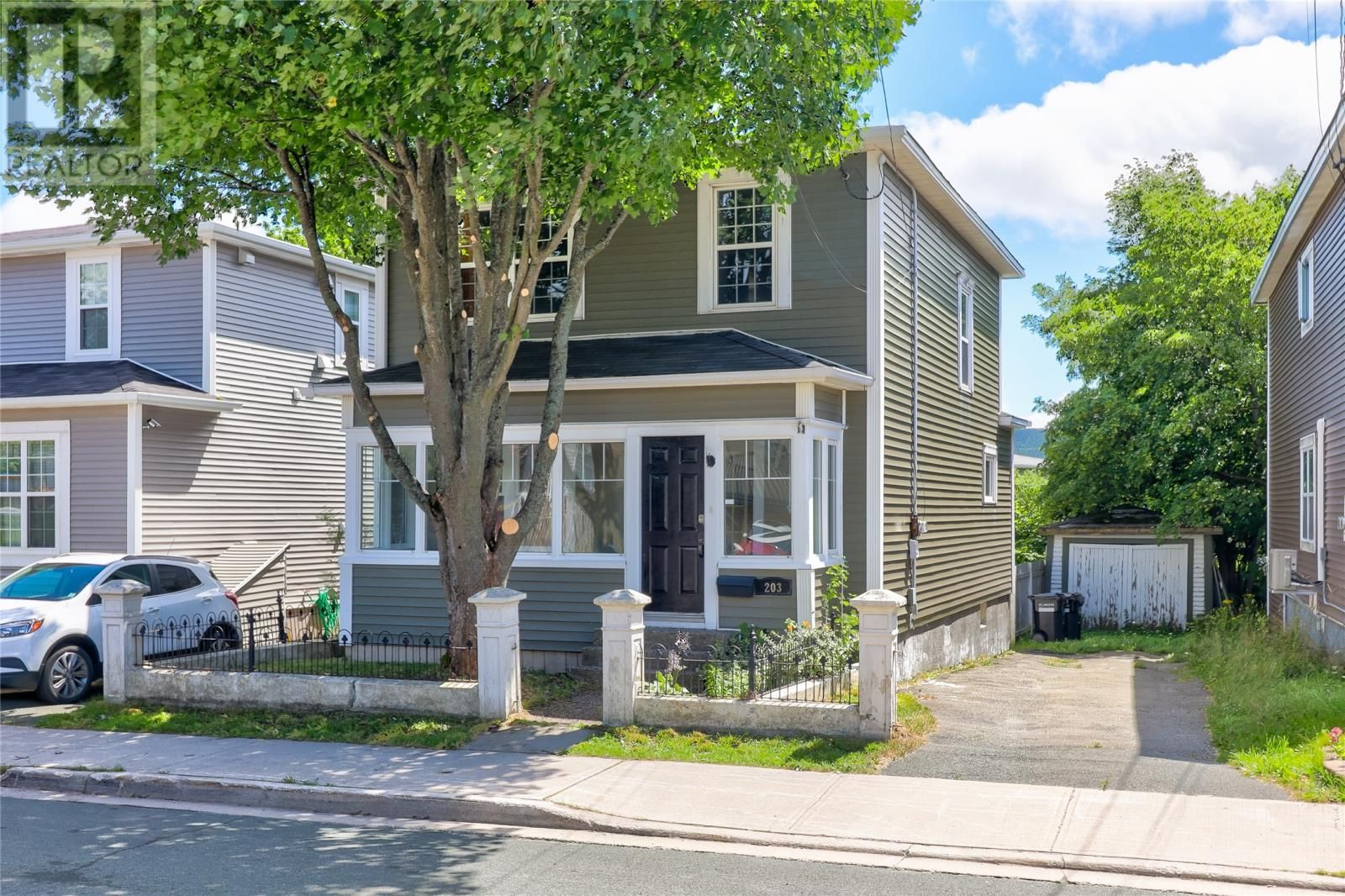 Main Photo: 203 Pennywell Road in St. John's: House for sale : MLS®# 1235672