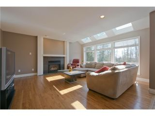 Photo 8: 18936 62A Avenue in Surrey: Cloverdale BC House for sale (Cloverdale)  : MLS®# F1407554