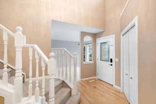Photo 4: 139 Royal Terrace NW in Calgary: Royal Oak Detached for sale : MLS®# A1139605