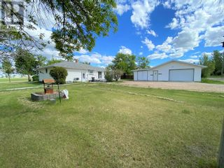 Photo 2: 4220 50 Street in Spirit River: House for sale : MLS®# A1076973