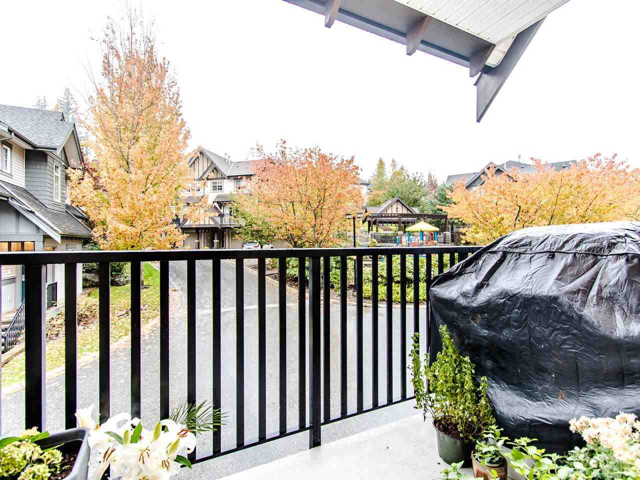 """Photo 11: Photos: 7 2200 PANORAMA Drive in Port Moody: Heritage Woods PM Townhouse for sale in """"THE QUEST"""" : MLS®# R2414883"""