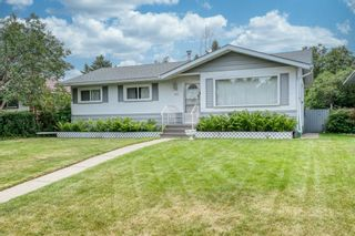 Photo 2: 307 Avonburn Road SE in Calgary: Acadia Detached for sale : MLS®# A1131466