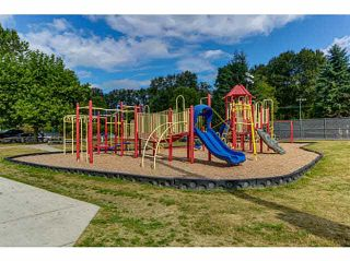 """Photo 17: 108 2373 ATKINS Avenue in Port Coquitlam: Central Pt Coquitlam Condo for sale in """"CARMANDY"""" : MLS®# V1136914"""