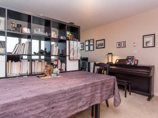"""Photo 7: 2410 3663 CROWLEY Drive in Vancouver: Collingwood VE Condo for sale in """"LATITUTDE"""" (Vancouver East)  : MLS®# R2140003"""