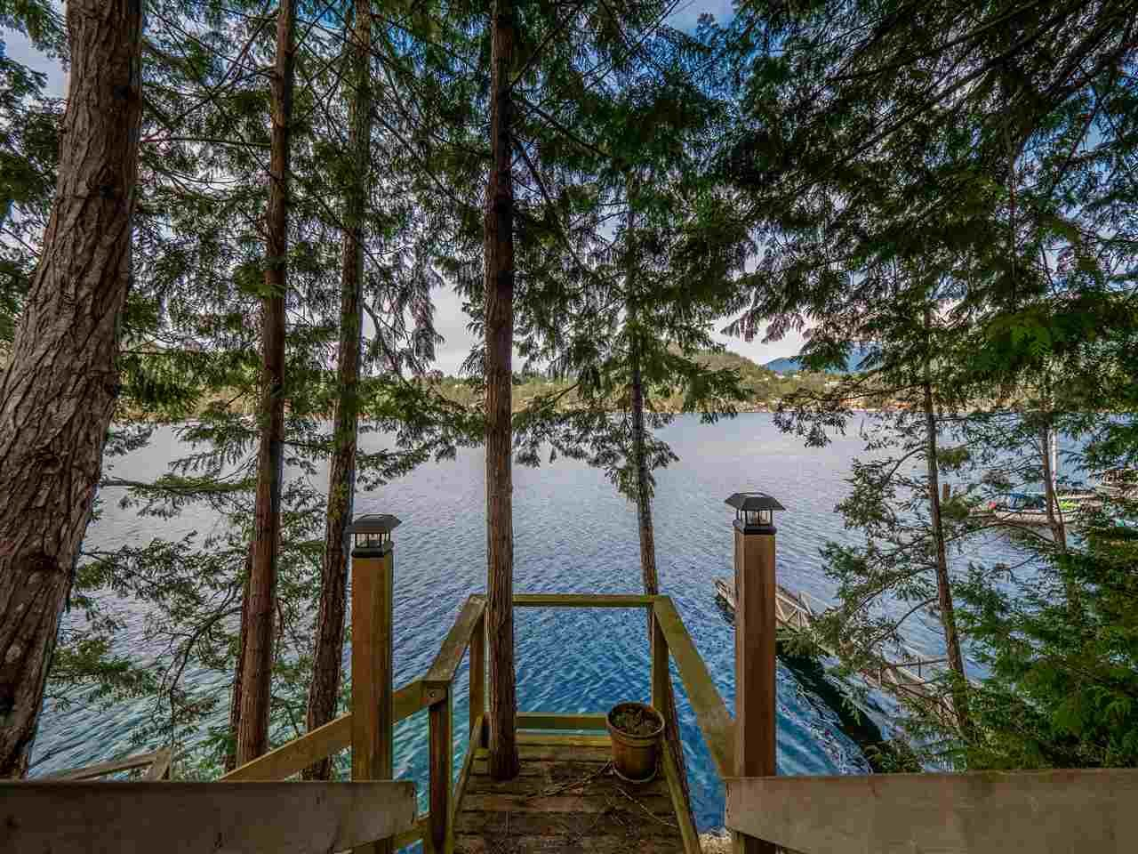 Photo 5: Photos: 4216 FRANCIS PENINSULA Road in Madeira Park: Pender Harbour Egmont House for sale (Sunshine Coast)  : MLS®# R2549311