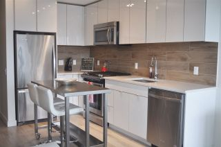"""Photo 5: 708 200 NELSON'S Crescent in New Westminster: Sapperton Condo for sale in """"THE SAPPERTON"""" : MLS®# R2473806"""