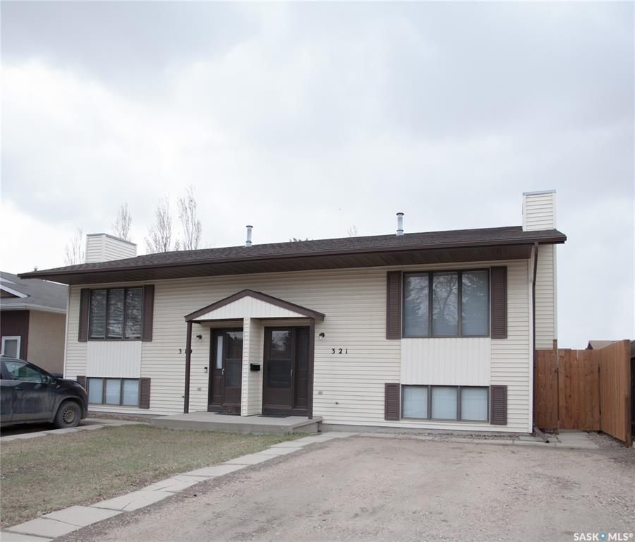 Main Photo: 321-319 Girgulis Crescent in Saskatoon: Silverwood Heights Residential for sale : MLS®# SK850836