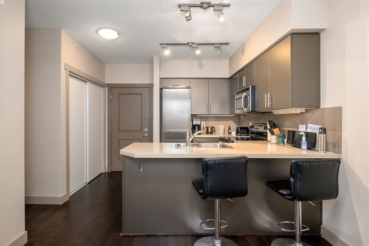 """Photo 7: Photos: 512 9009 CORNERSTONE Mews in Burnaby: Simon Fraser Univer. Condo for sale in """"THE HUB"""" (Burnaby North)  : MLS®# R2507886"""