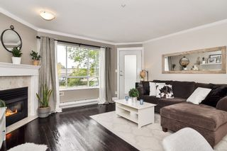 """Photo 4: 105 5450 208 Street in Langley: Langley City Condo for sale in """"MONTGOMERY GATE"""" : MLS®# R2509273"""