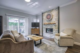 """Photo 8: 13 18939 65 Avenue in Surrey: Cloverdale BC Townhouse for sale in """"Glenwood Gardens"""" (Cloverdale)  : MLS®# R2485614"""