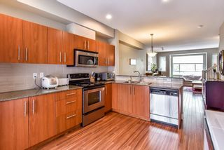 """Photo 2: 23 7088 191 Street in Surrey: Clayton Townhouse for sale in """"Montana"""" (Cloverdale)  : MLS®# R2270261"""