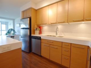 "Photo 10: 502 2770 SOPHIA Street in Vancouver: Mount Pleasant VE Condo for sale in ""STELLA"" (Vancouver East)  : MLS®# R2184173"