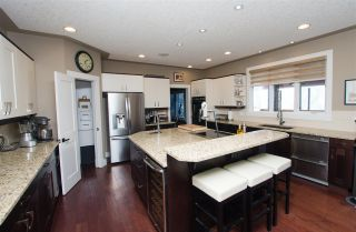 Photo 5: 825 TODD Court in Edmonton: Zone 14 House for sale : MLS®# E4231583