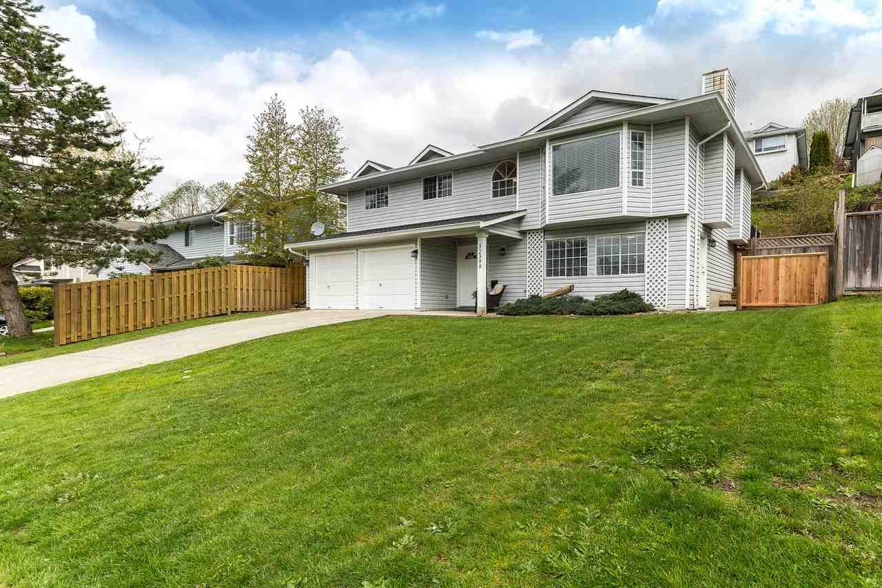 Main Photo: 32399 BADGER Avenue in Mission: Mission BC House for sale : MLS®# R2180882