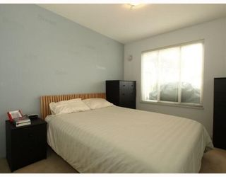 Photo 9: 111-333 East 1st Street in North Vancouver: Lower Lonsdale Condo for sale : MLS®# V762405