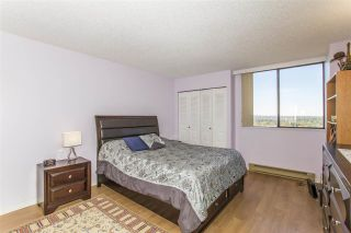 """Photo 8: 1603 3980 CARRIGAN Court in Burnaby: Government Road Condo for sale in """"DISCOVERY PLACE"""" (Burnaby North)  : MLS®# R2413683"""