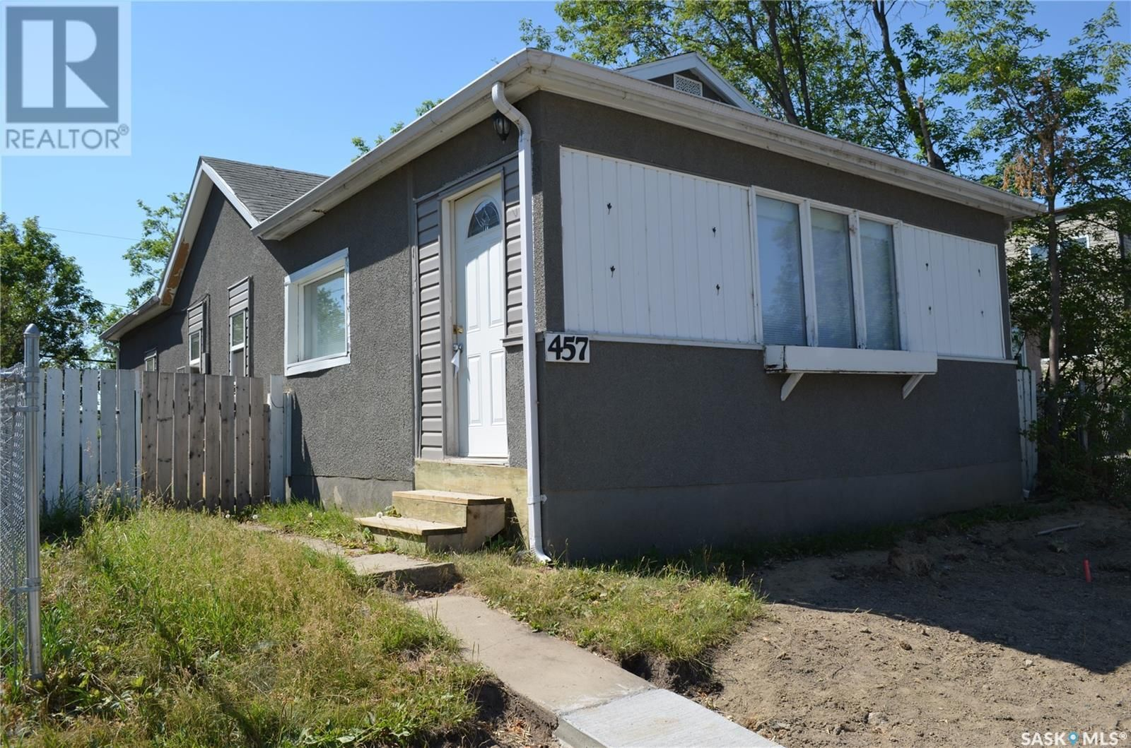 Main Photo: 457 12th ST E in Prince Albert: House for sale : MLS®# SK865490