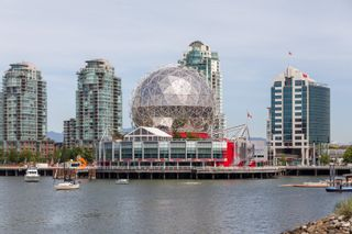 """Photo 18: 328 1783 MANITOBA Street in Vancouver: False Creek Condo for sale in """"Residences at West"""" (Vancouver West)  : MLS®# R2617799"""
