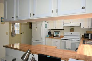 Photo 16: 53 1240 Wilkinson Rd in : CV Comox Peninsula Manufactured Home for sale (Comox Valley)  : MLS®# 877181