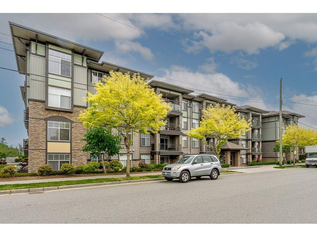 Main Photo: 205 2068 SANDALWOOD Crescent in Abbotsford: Central Abbotsford Condo for sale : MLS®# R2554332