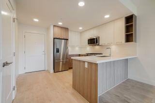 Photo 3: 309 14022 NORTH BLUFF Road: Condo for sale in White Rock: MLS®# R2562036