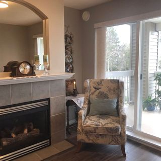 """Photo 4: 230 22020 49 Avenue in Langley: Murrayville Condo for sale in """"Murrays Green"""" : MLS®# R2552445"""
