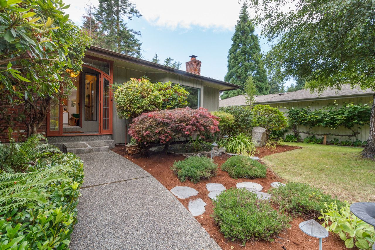 Main Photo: : Residential for sale : MLS®# 417294