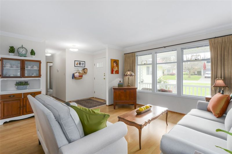 FEATURED LISTING: 21903 ISAAC Crescent Maple Ridge