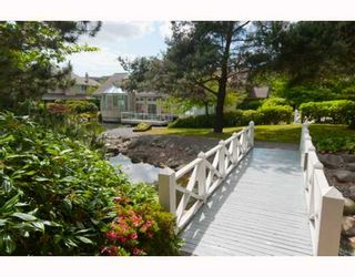 """Photo 9: 305 7520 COLUMBIA Street in Vancouver: Marpole Condo for sale in """"SPRINGS AT LANGARA"""" (Vancouver West)  : MLS®# V774014"""
